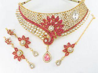 pink choker necklace set