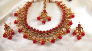 designer round necklace set
